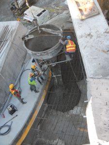 Colocacion de concreto por medio de cubilete